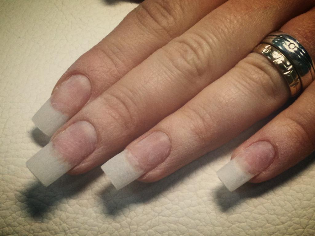 Nail & Beauty Lounge - Nagel-Verlängerung
